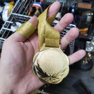 Others TWO00001 – Exclusive Gold Metal Medal