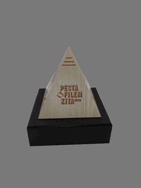 Premium Customized TWPC00001 – Exclusive Wood Pyramid Trophy